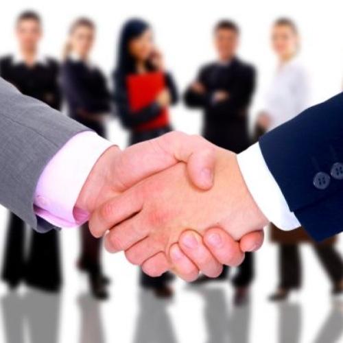 "Estrategia Ideal para tu Empresa: ""Relaciones Públicas & Social Media""."