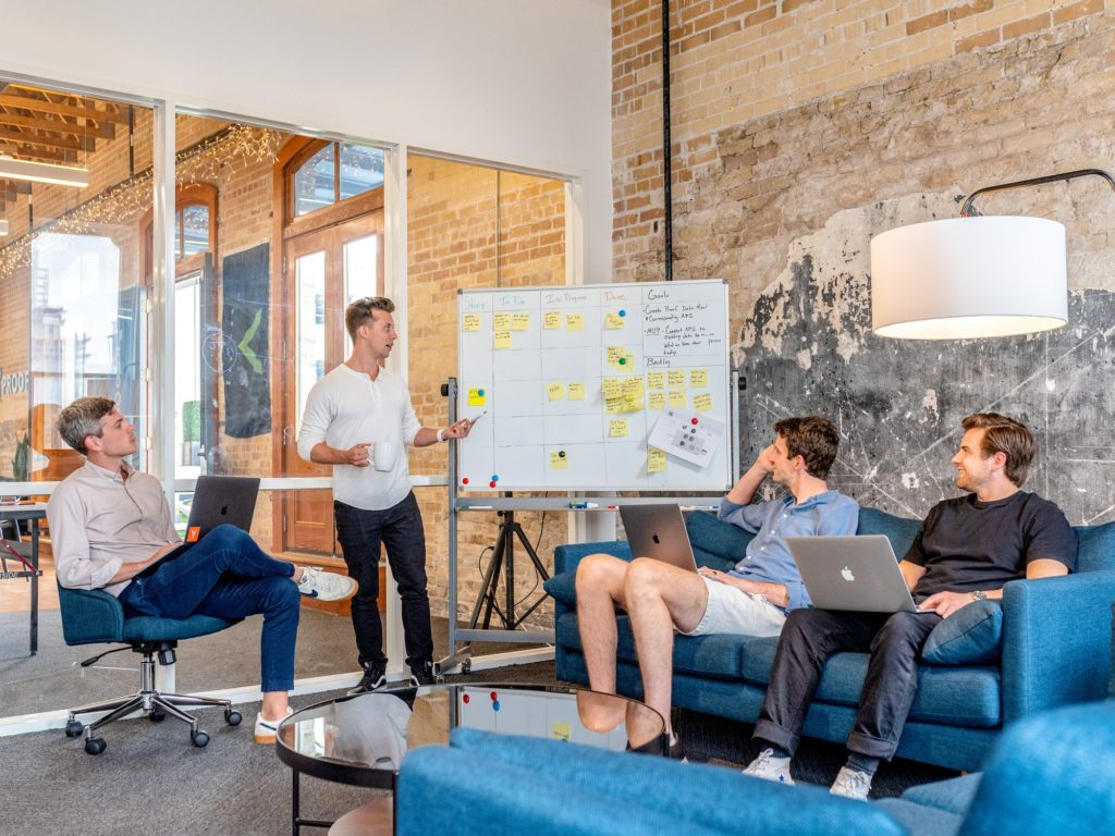 ¿Cómo mantener comunicado a tu equipo de trabajo?